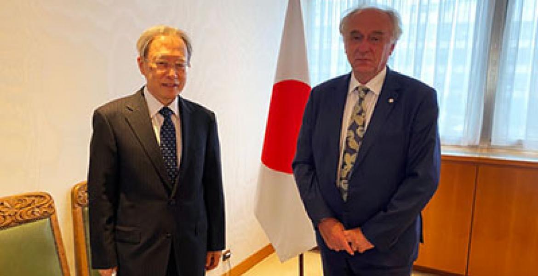 Ambassador Ihara meets with Pavel Kabat